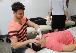 students practicing craniel osteopathy